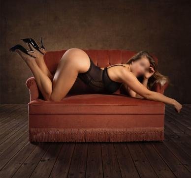 Chiara - Escort lady Hamburg 4