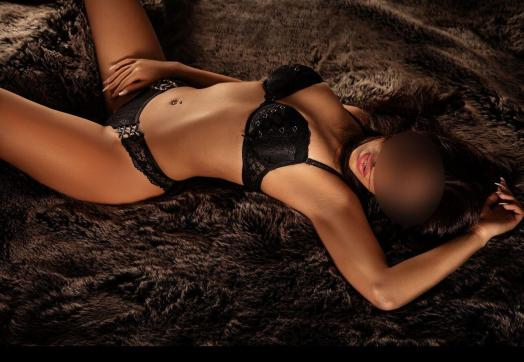 Aliyah - Escort lady Hamburg 2