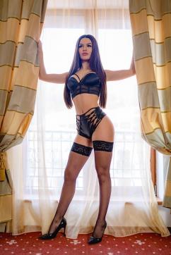 Bella - Escort lady Dubai 2
