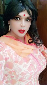 MadhuRandi - Escort lady Noida 4