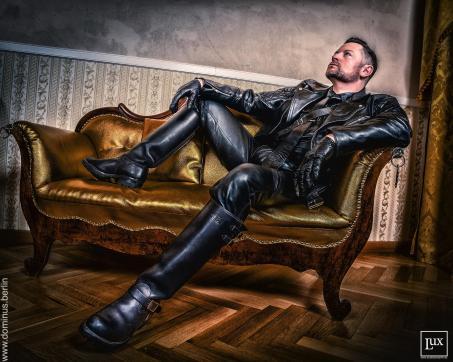 DominusBerlin - Escort master Duisburg 16