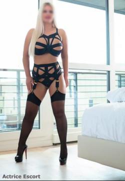 Julia - Escort ladies Duisburg 1