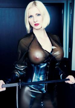 Mistress Anda - Escort bizarre lady Berlin 1