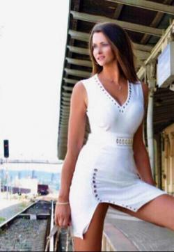 Lauren lux tall travel Gfe escort - Escort ladies Prague 1