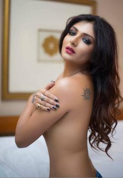 Sunaina Kaur - Escort ladies Delhi 1
