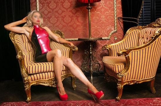 LADY LUNA - Escort dominatrix Amsterdam 6