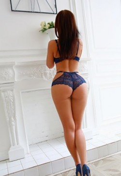 Roxy - Escort ladies Düsseldorf 1
