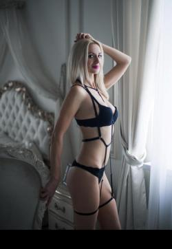 Viki - Escort ladies Geneva 1