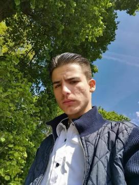 Emiliano - Escort mens Rome 4