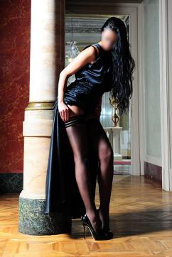 Adelina Lenart - Escort lady London 4