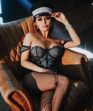 DUBAI MISTRESS NITA - Escort dominatrix Dubai 3