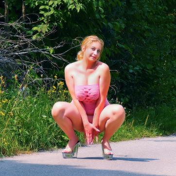 Lizzy Love - Escort bizarre lady Munich 8