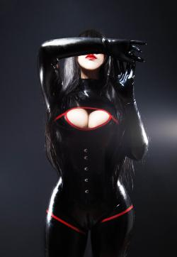 Mistress Ileya Velvet - Escort dominatrixes Munich 1
