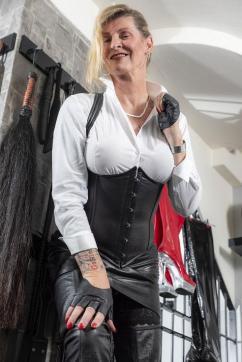 La Diva - Escort bizarre lady Munich 4