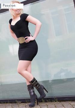 Celine - Escort lady Berlin 1