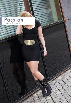 Celine - Escort lady Berlin 3