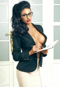 Elenora - Escort ladies Frankfurt 1