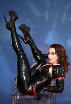 Lady Farah - Escort dominatrixes Bochum 1