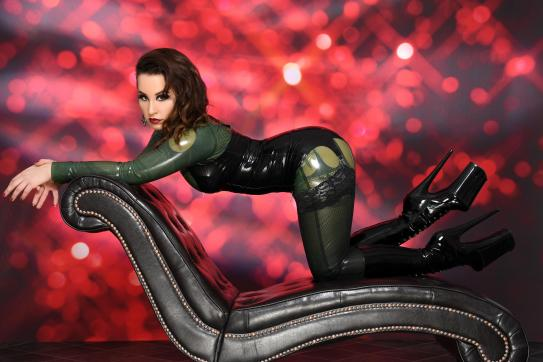 Lady Farah - Escort dominatrix Duisburg 7