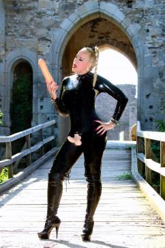 Bizarrlady Jessica - Escort bizarre lady Linz 15