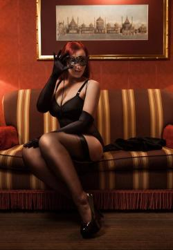 Domina Miss Leonie - Escort dominatrix Hamburg 11