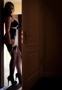 Domina Miss Leonie - Escort dominatrix Hamburg 3
