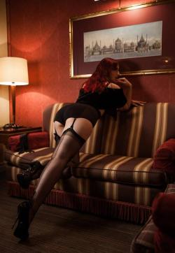 Domina Miss Leonie - Escort dominatrix Hamburg 6