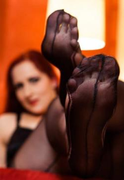 Domina Miss Leonie - Escort dominatrix Hamburg 9