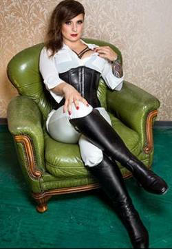 Lady Velvet Steel - Escort dominatrixes Berlin 1