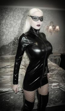 Domina Donna Diva - Escort dominatrix Duisburg 15