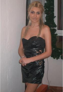 Anamaria Craciun - Escort female slave / maid Iasi 1