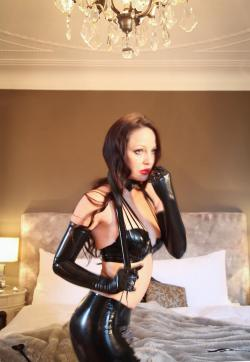 Mistress Chloé - Escort bizarre lady Basel 15