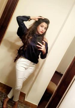 Maya Kaur - Escort ladies Abu Dhabi 1
