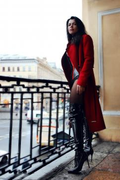 Mistress Roxana - Escort dominatrix Saint Petersburg 2