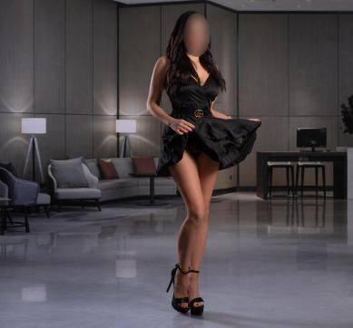 Bella - Escort lady Hamburg 2