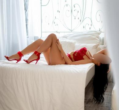Bella - Escort lady Hamburg 4