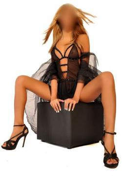 Lucia - Escort ladies Frankfurt 1