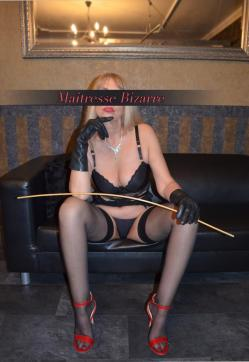 Maitresse Bizarre - Escort dominatrix Essen 2