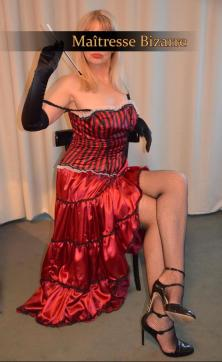Maitresse Bizarre - Escort dominatrix Essen 3