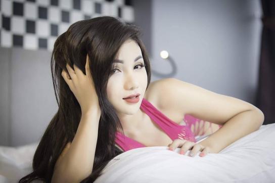 Miss Mona - Escort lady Phuket 5