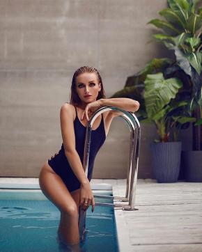 Alicia Blossom - Escort lady Los Angeles 3