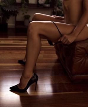 Submissive Camila - Escort bizarre lady Prague 3