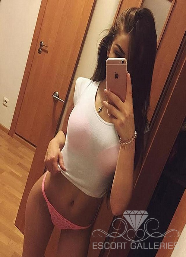 fist duo escort prague