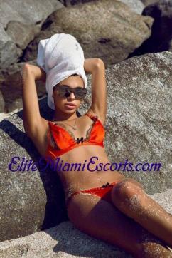 Karolina - Escort lady Miami FL 6