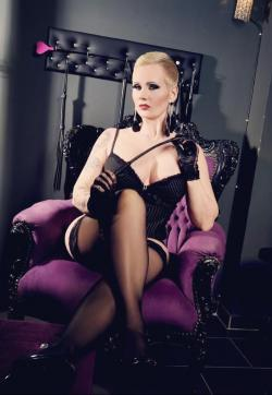 Miss Helen Bates - Escort dominatrixes Essen 1