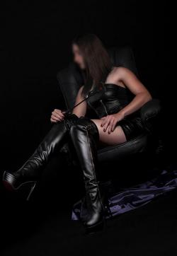Lady DaVinci - Escort dominatrix Duisburg 1