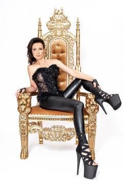 Mistress Nadja - Escort dominatrix Duisburg 4