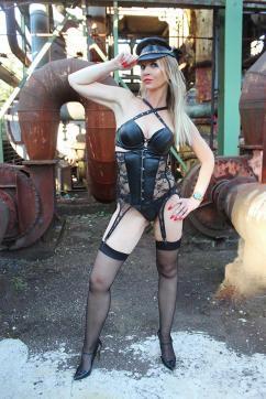 Mistress Liliana - Escort dominatrix Duisburg 8