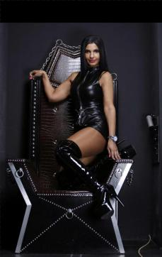 Shaira Sanders - Escort dominatrix Duisburg 8
