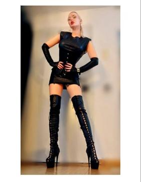 Goddess Lady Skotia - Escort dominatrix New York City 11